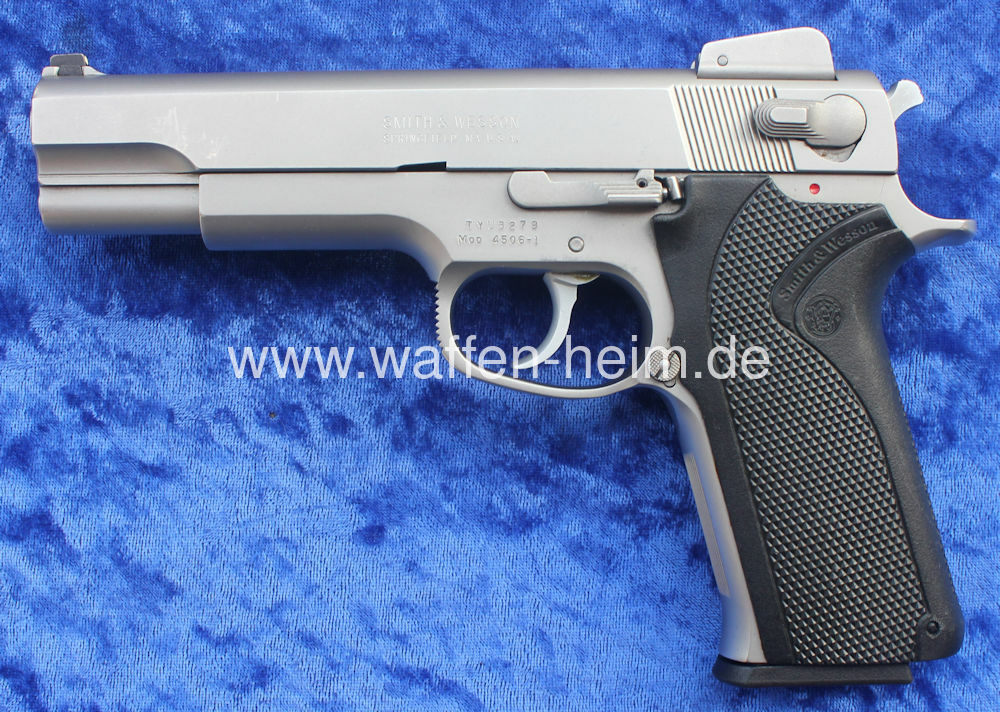 Smith & Wesson 4506 - 1