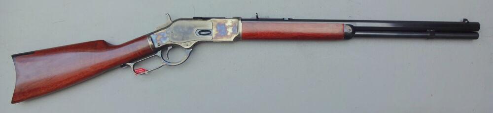 UBERTI Winchester 1873 Uberti Sporting Rifle oder Short Rifle - 8-kant Lauf